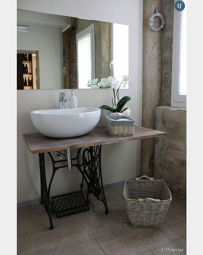 d coration shabby une salle de bain avec des meubles de r cup. Black Bedroom Furniture Sets. Home Design Ideas