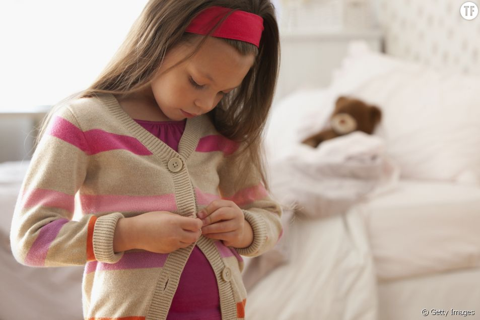 Comment étiqueter les vêtements d'un enfant sans coudre