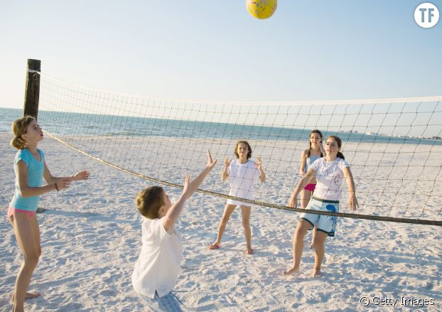 Une partie de beach volley