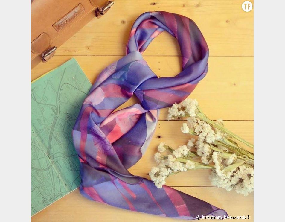 Voici comment laver votre foulards en soie correctement.