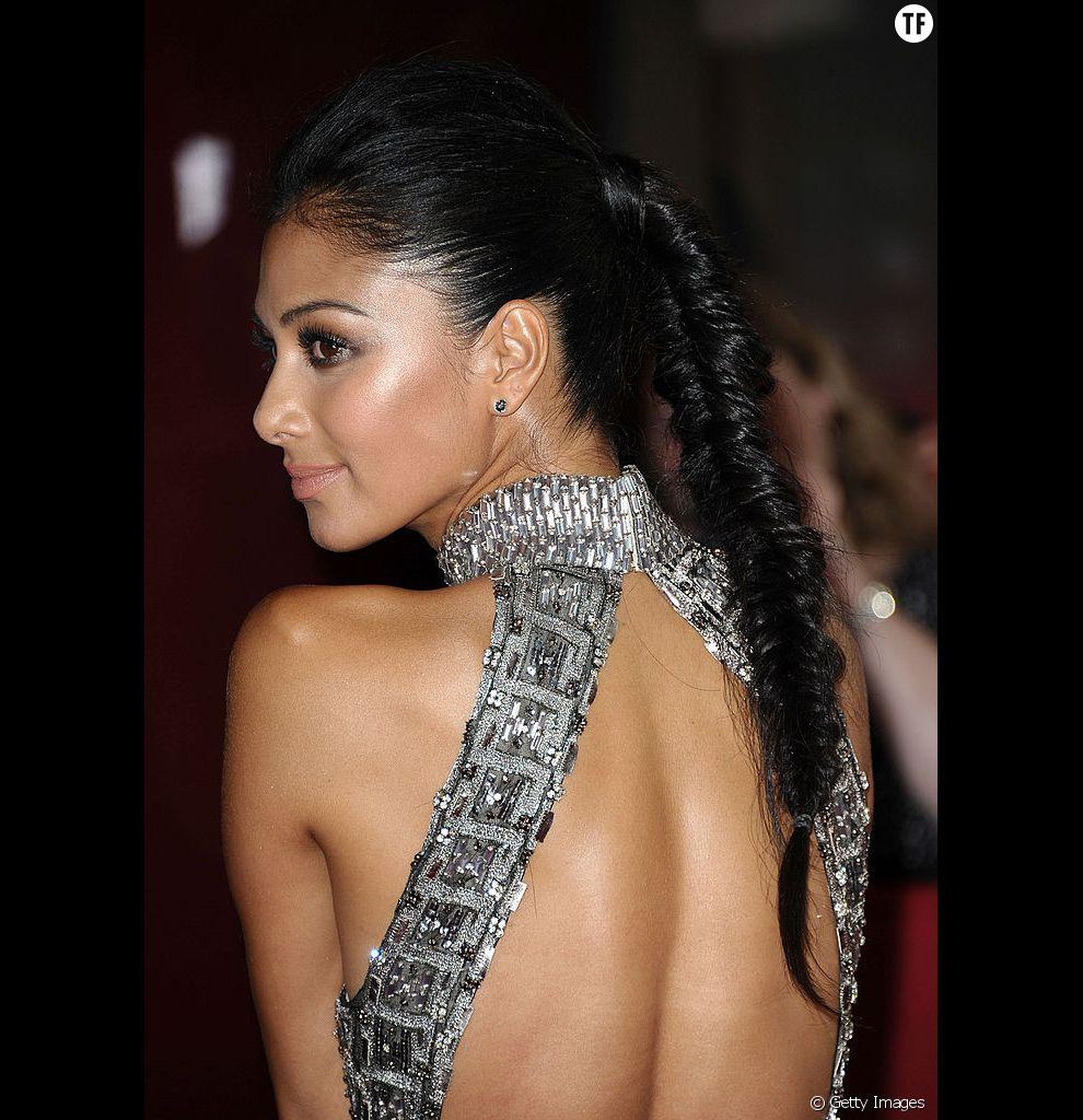 Comme Nicole Scherzinger, on donne de la densité à ses cheveux fins avec cette tresse épi de blé.