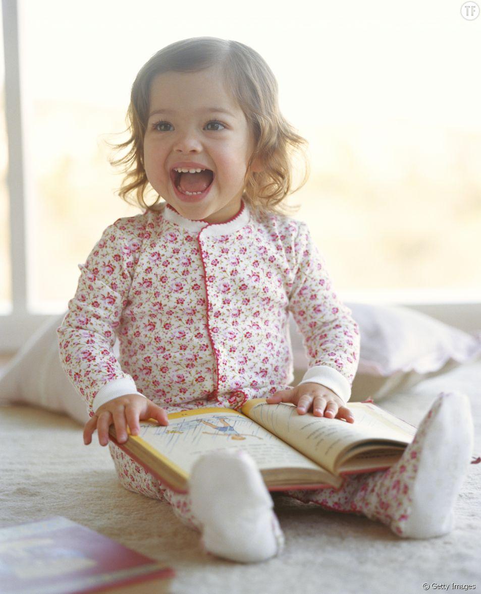 20 prénoms de bébés pour filles et garçons inspirés par la littérature