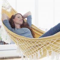 on veut un hamac d 39 int rieur. Black Bedroom Furniture Sets. Home Design Ideas