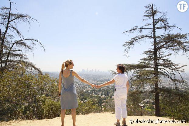 Alex Pawlowsha et sa mère faisant de la randonnée non loin de l'Observatoire de Griffith, à Los Angeles