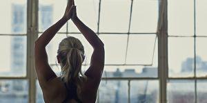 Ces 30 minutes de yoga pour la nuque vont vous faire l'effet d'un massage