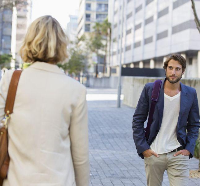 flirter dans la rue)