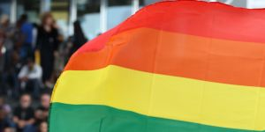 Agressions, discriminations... La France reste un pays homophobe