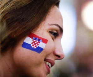 """Stop aux plans sur les fans """"sexy"""" pendant les matchs : la FIFA hausse le ton"""
