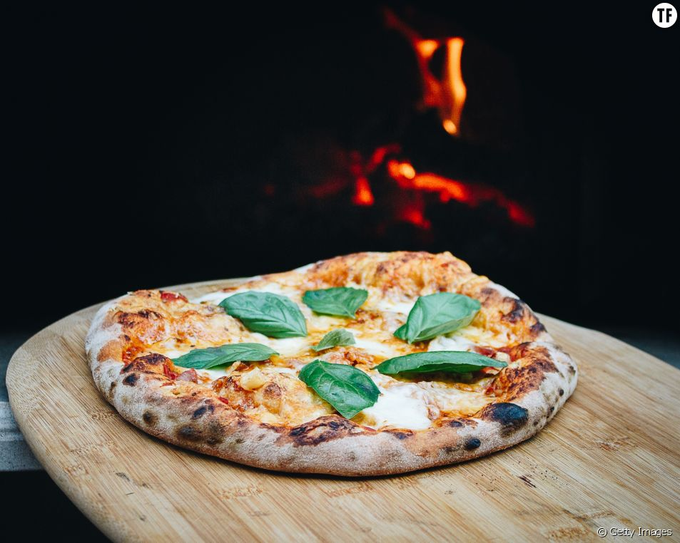 La meilleure façon pour réchauffer votre part de pizza