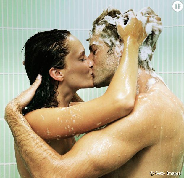 Les meilleurs positions sexuelles pour faire l'amour sous la douche