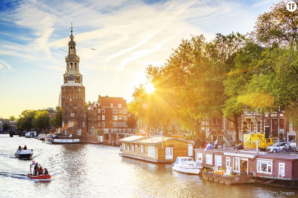 Et si vous visitiez les canaux d'Amsterdam tout en repêchant le plastique ?