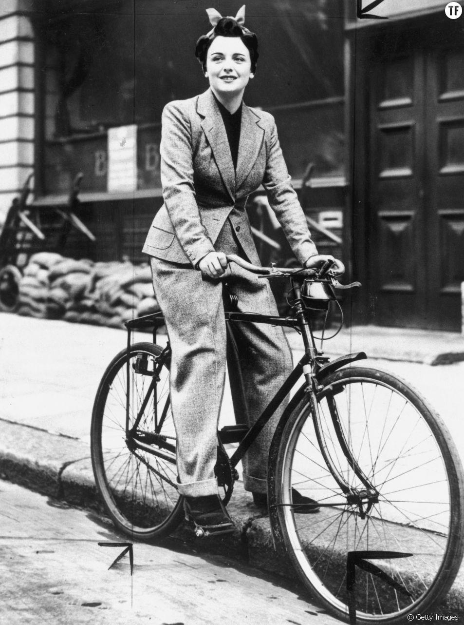 Femme en pantalon en 1939.