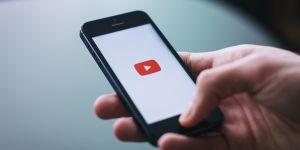 Accusé de négligence face à la pédophilie, Youtube tente de réagir