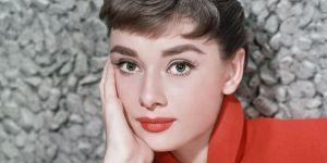 """Le retour de hype des """"sourcils Audrey Hepburn"""""""