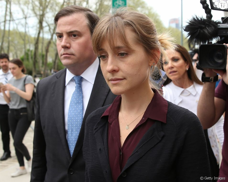"""Une actrice de Smallville accusée de recrutée des """"esclaves sexuelles"""" pour une secte"""