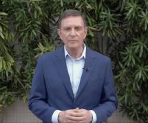 Le maire de Rio veut censurer une BD à cause d'un baiser gay : les ventes explosent