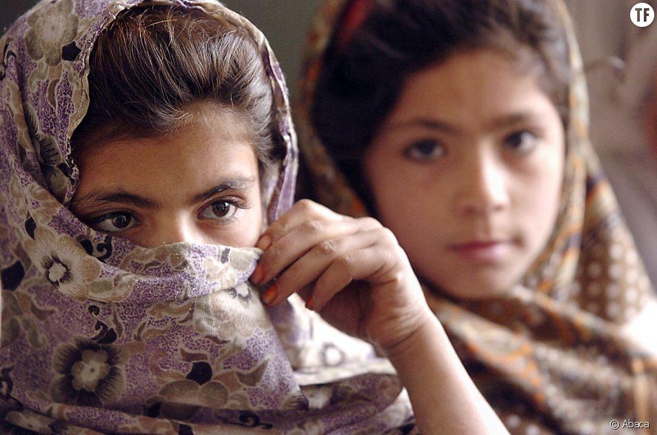 Des lycéennes afghanes créent un respirateur artificiel avec des pièces de voiture/photo d'illustration