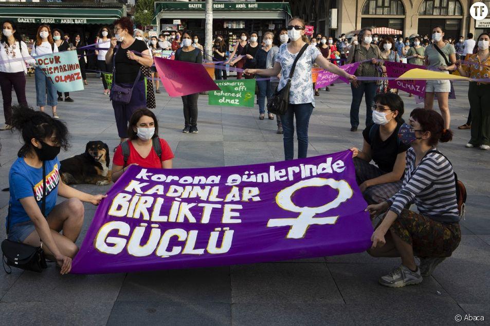 Les citoyennes d'Istanbul n'en sont pas à leur première marche contre les violences faites aux femmes et les féminicides. Ici, celle de mai dernier.