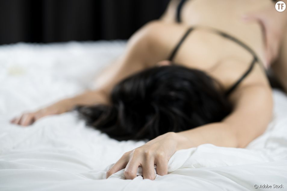 La position sexuelle du ralentisseur pour atteindre le point G