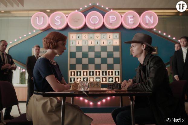 """Beth et Benny dans """"Le jeu de la dame"""""""
