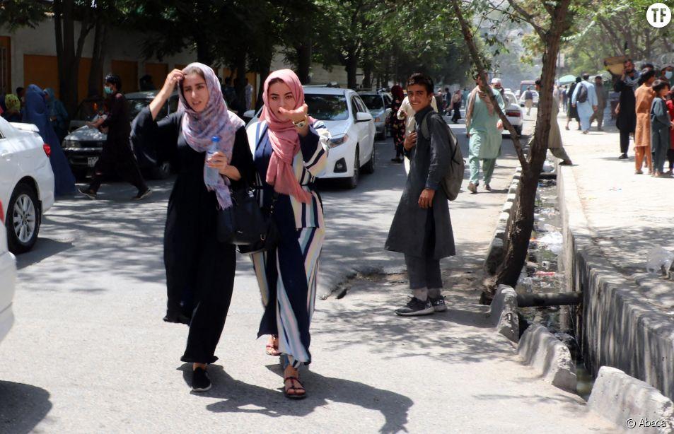 Panique à Kaboul, en Afghanistan, le dimanche 15 août 2021, après l'entrée des talibans dans la ville. Photo de Bashir Darwish.