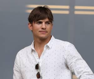 Ashton Kutcher veut que les toilettes pour hommes soient dotées de tables à langer