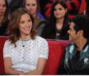 Jamel Debbouze et Mélissa Theuriau lors de l'enregistrement de l'émission Vivement Dimanche sur France 2, diffusée le 29 mars