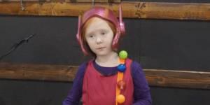Pas de jouet de super-héroïne pour sa fille ? Ce papa créatif a trouvé la solution
