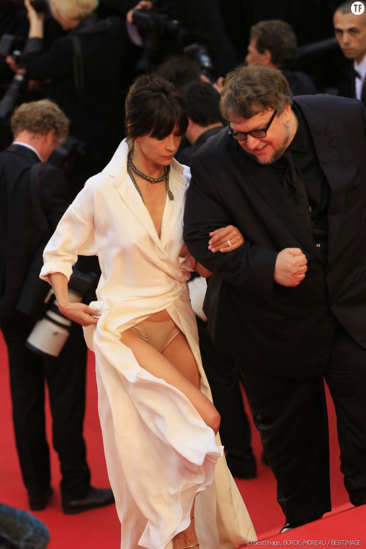 Sophie Marceau et sa culotte chair
