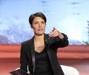 """Alessandra Sublet, la présentatrice punchy de """"Un soir à la Tour Eiffel"""""""