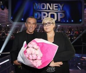 Thierry Ardisson offre un bouquet de fleurs à Laurence Boccolini pour s'excuser