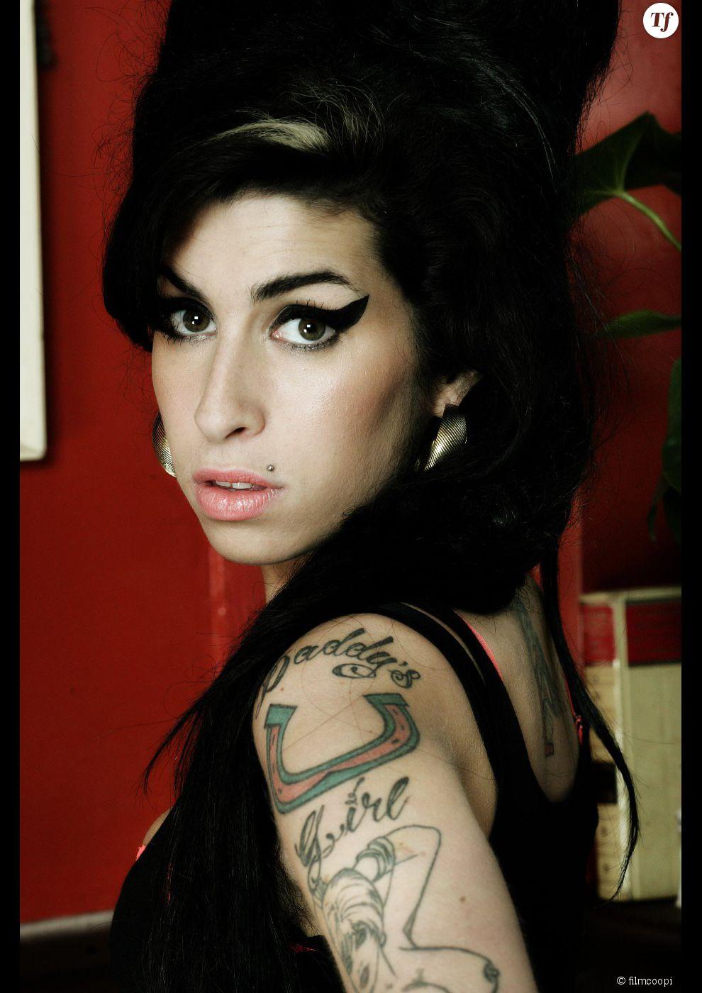Amy Winehouse a tout d'une icone beauté.