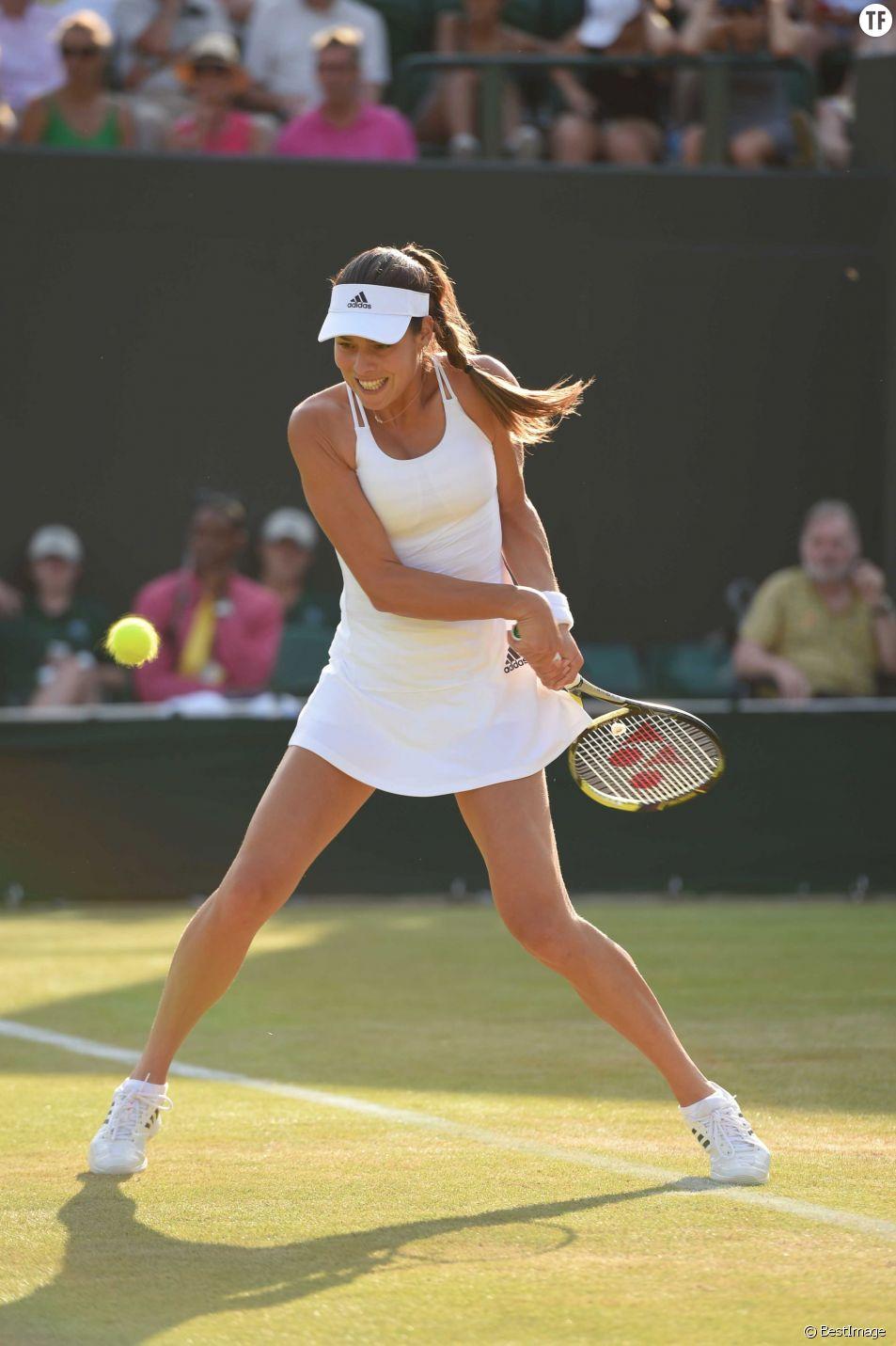 A Wimbledon, les joueuses de tennis doivent impérativement s'habiller en blanc. Une contrainte terrible lorsqu'on a ses règles...