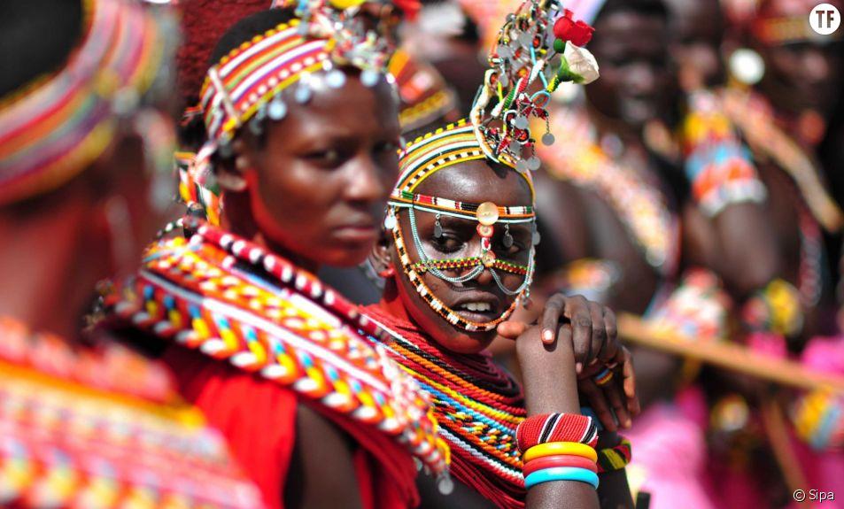 Une fille Samburu à Isiolo dans le nord du Kenya.