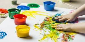 DIY enfants : comment fabriquer de la peinture pour les doigts comestible
