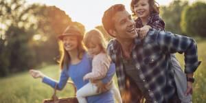 Pourquoi une simple promenade en famille est bonne pour vous et les enfants