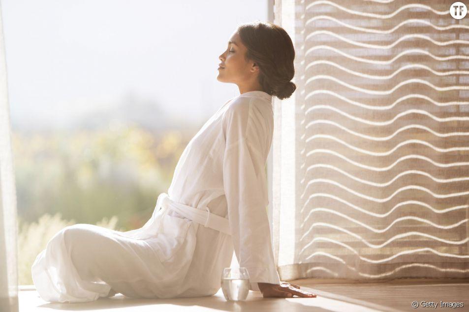 Exercices de yoga à faire le matin au lit