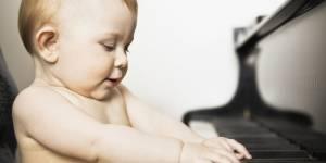 Faire écouter Mozart aux bébés les rend-t-il plus intelligents ?