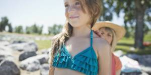 Ne dites surtout pas à une petite fille quel maillot de bain lui irait