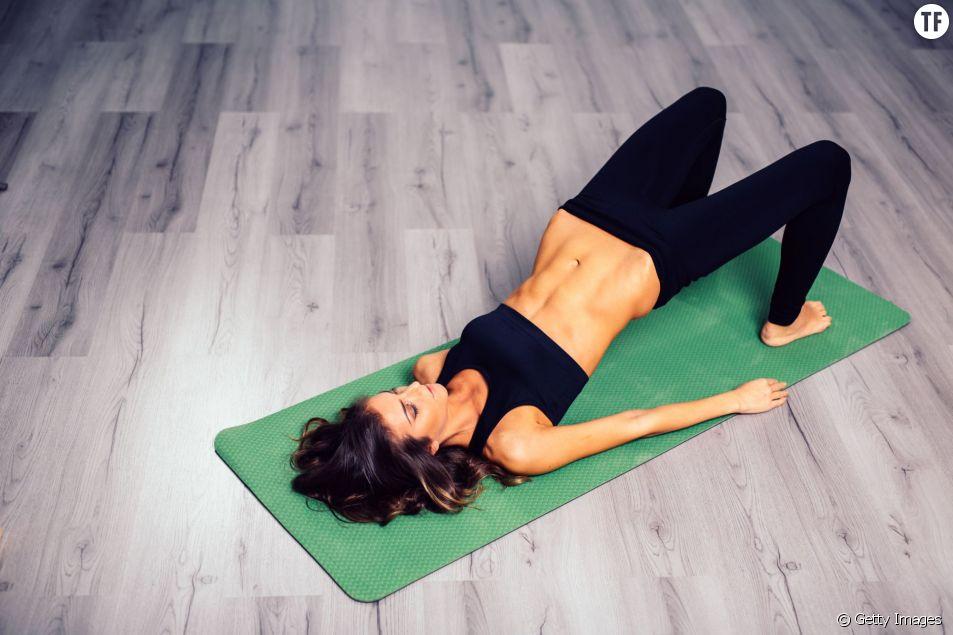 Exercices de yoga et de pilates pour muscler ses fesses