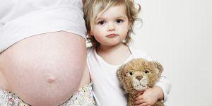 Quel écart d'âge idéal entre deux enfants ? Des médecins répondent