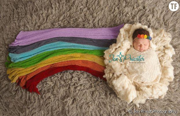 """Cette photo d'un """"bébé arc-en-ciel"""" émeut la planète"""