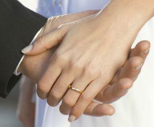 Voilà la bague de fiançailles préférée de la jeune génération