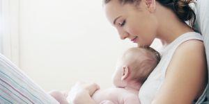 4 mythes post-accouchement qui sont (en fait) complètement faux