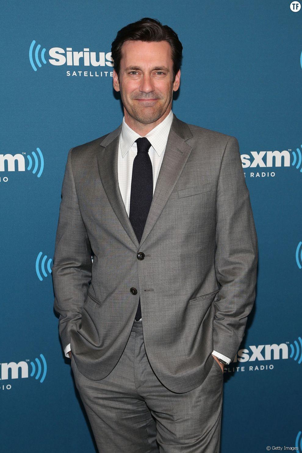 """Jon Hamm, l'interprète de Don Draper dans """"Mad Men"""" est un fin connaisseur de cette règle vestimentaire"""