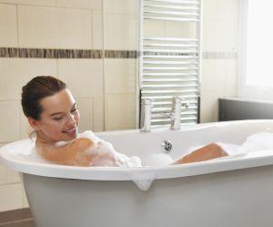 Prendre un bain brûlerait autant de calories qu'une marche de 30 minutes