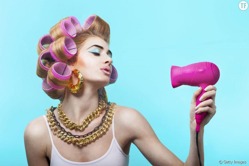 Comment sécher ses cheveux rapidement sans les abîmer
