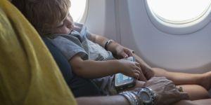 Une famille virée d'un vol de Delta Air Lines car elle refuse de céder le siège de son enfant