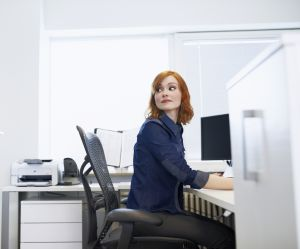 """Au bureau toute la journée ? Gare au syndrome du """"cul mort"""""""