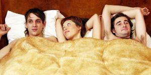 Le plan à trois, fantasme ou réalité chez les jeunes ?